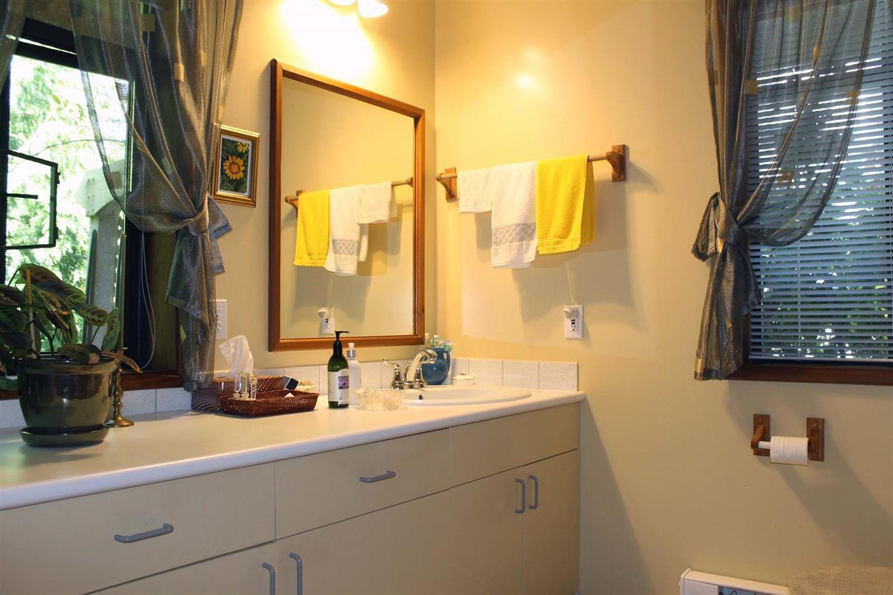 Photo 6: Photos: 5818 DEERHORN Drive in Sechelt: Sechelt District House for sale (Sunshine Coast)  : MLS®# R2311987