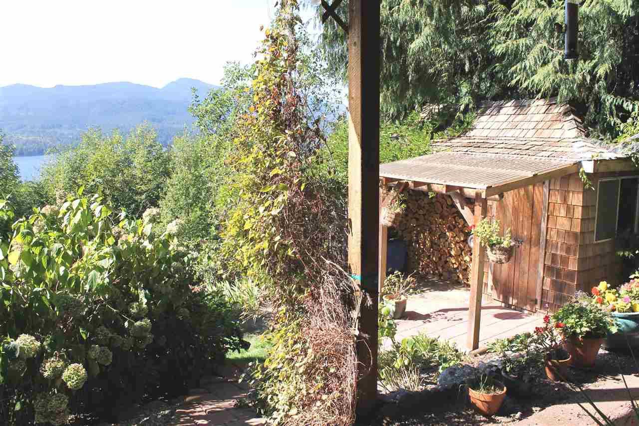 Photo 15: Photos: 5818 DEERHORN Drive in Sechelt: Sechelt District House for sale (Sunshine Coast)  : MLS®# R2311987