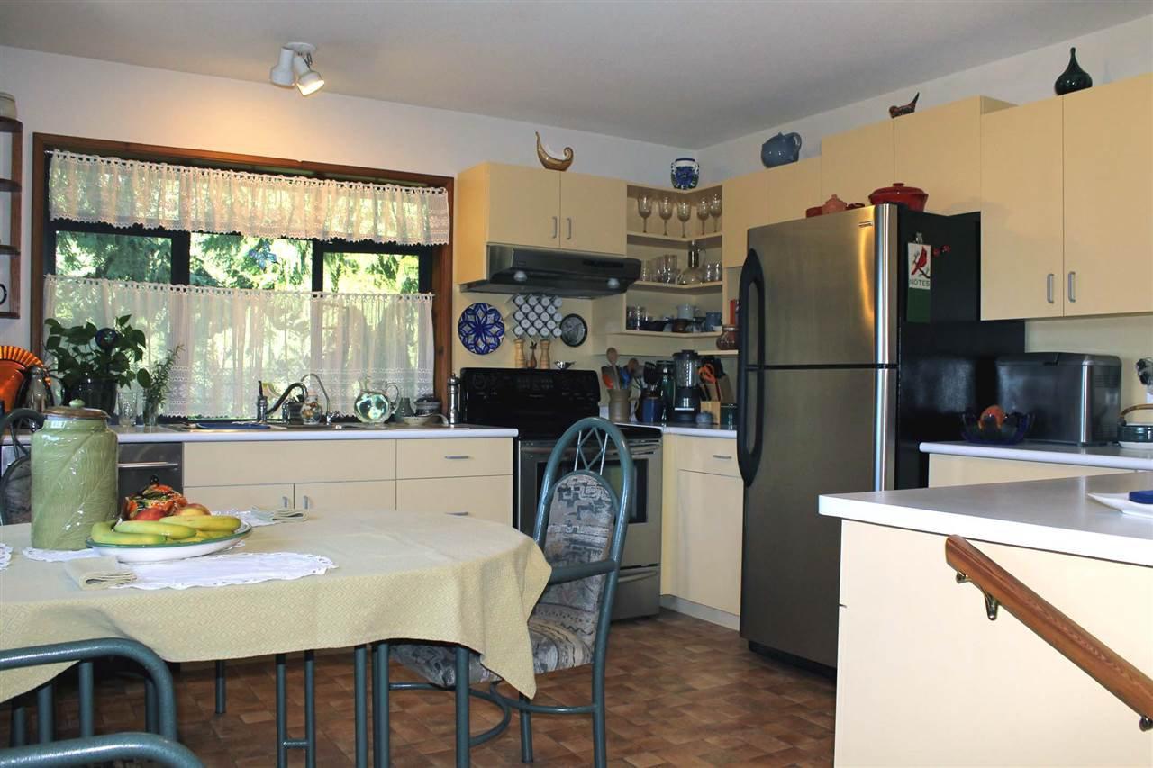 Photo 5: Photos: 5818 DEERHORN Drive in Sechelt: Sechelt District House for sale (Sunshine Coast)  : MLS®# R2311987