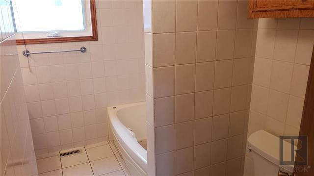 Photo 3: Photos: 239 Oakview Avenue in Winnipeg: Residential for sale (3D)  : MLS®# 1827993