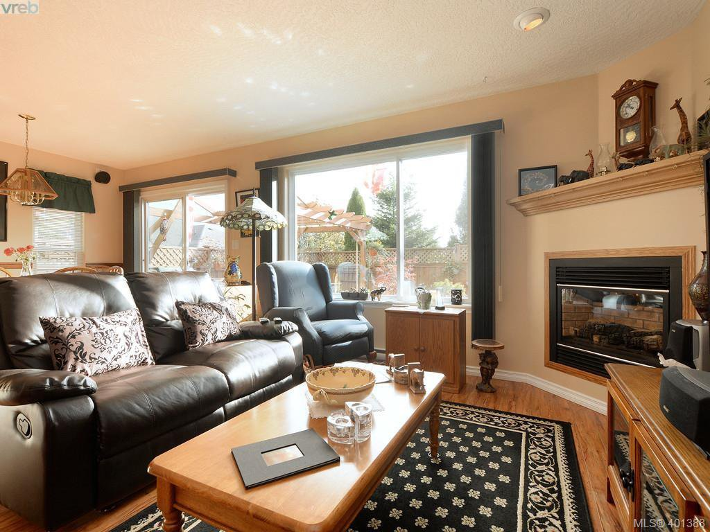 Photo 6: Photos: 6669 Acreman Place in SOOKE: Sk Broomhill Single Family Detached for sale (Sooke)  : MLS®# 401388