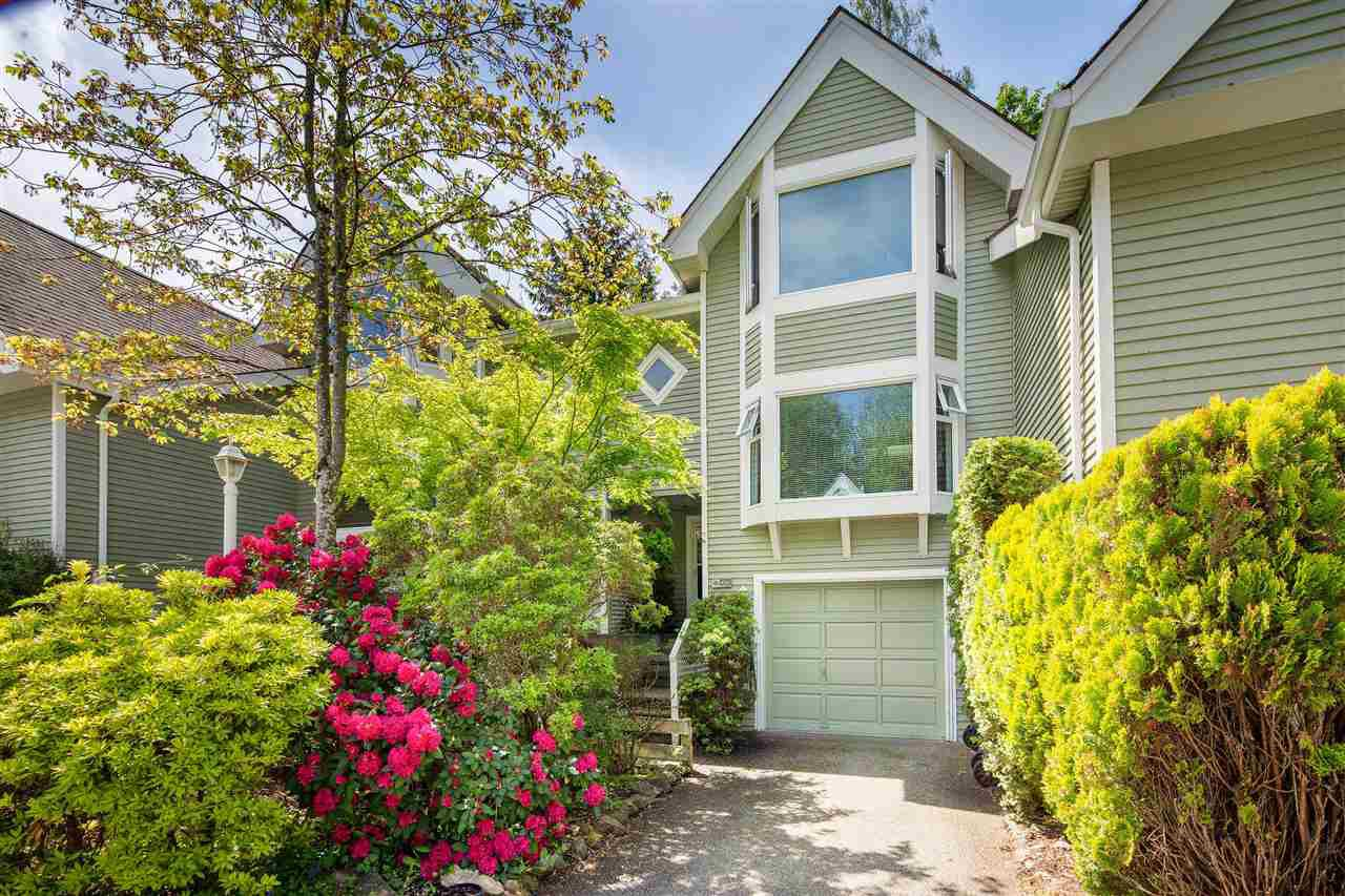 "Main Photo: 3337 FLAGSTAFF Place in Vancouver: Champlain Heights Townhouse for sale in ""COMPASS POINT"" (Vancouver East)  : MLS®# R2362868"