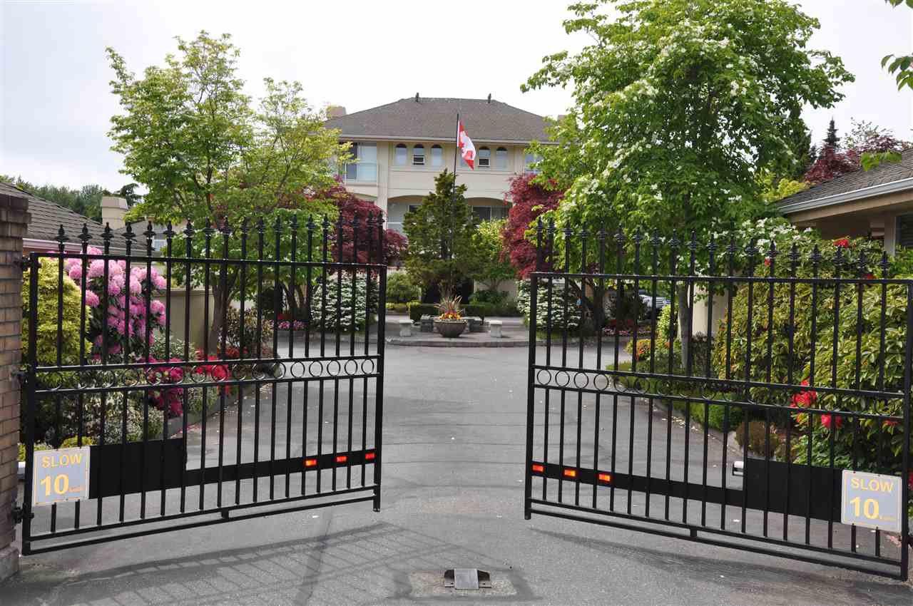 "Main Photo: 18 1767 130 Street in Surrey: Crescent Bch Ocean Pk. Townhouse for sale in ""San Juan Gate"" (South Surrey White Rock)  : MLS®# R2369934"
