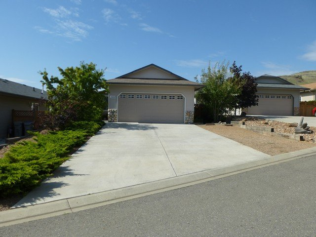 Main Photo: 1133 Raven Drive in Kamloops: House for sale : MLS®# 111225
