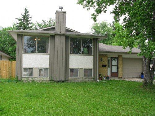 Main Photo: 95 Leeds Avenue in Winnipeg: Fort Garry / Whyte Ridge / St Norbert Residential for sale (South Winnipeg)  : MLS®# 1313245