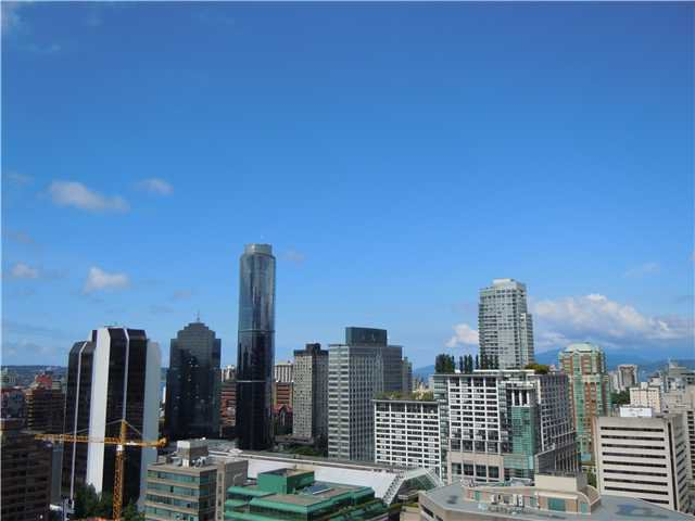 """Photo 14: Photos: 2508 833 SEYMOUR Street in Vancouver: Downtown VW Condo for sale in """"Capitol Residences"""" (Vancouver West)  : MLS®# V1065767"""