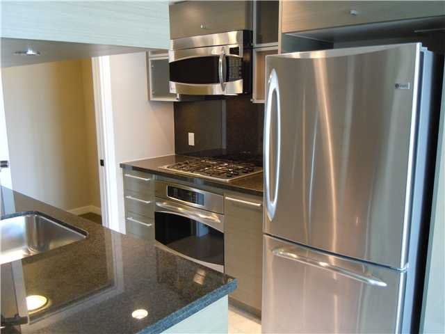 """Photo 3: Photos: 2508 833 SEYMOUR Street in Vancouver: Downtown VW Condo for sale in """"Capitol Residences"""" (Vancouver West)  : MLS®# V1065767"""