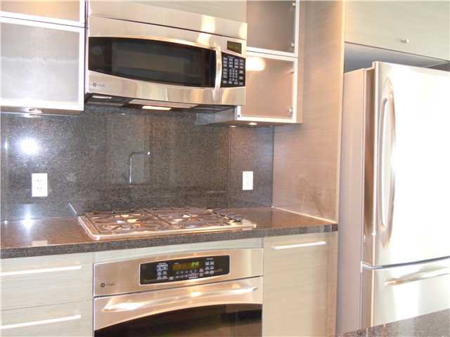 """Photo 2: Photos: 2508 833 SEYMOUR Street in Vancouver: Downtown VW Condo for sale in """"Capitol Residences"""" (Vancouver West)  : MLS®# V1065767"""