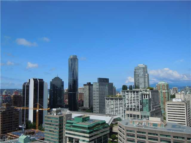 """Photo 9: Photos: 2508 833 SEYMOUR Street in Vancouver: Downtown VW Condo for sale in """"Capitol Residences"""" (Vancouver West)  : MLS®# V1065767"""