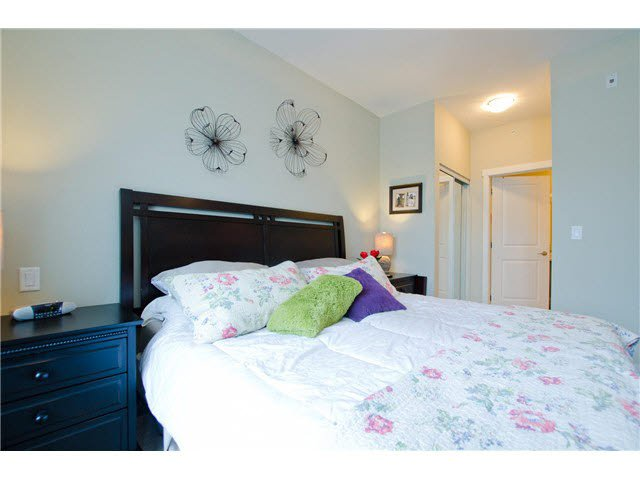 """Photo 10: Photos: 54 19478 65TH Avenue in Surrey: Clayton Condo for sale in """"SUNSET GROVE"""" (Cloverdale)  : MLS®# F1431169"""