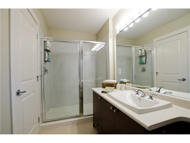"""Photo 14: Photos: 54 19478 65TH Avenue in Surrey: Clayton Condo for sale in """"SUNSET GROVE"""" (Cloverdale)  : MLS®# F1431169"""