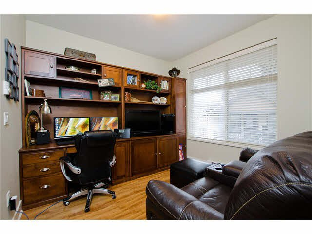 """Photo 12: Photos: 54 19478 65TH Avenue in Surrey: Clayton Condo for sale in """"SUNSET GROVE"""" (Cloverdale)  : MLS®# F1431169"""