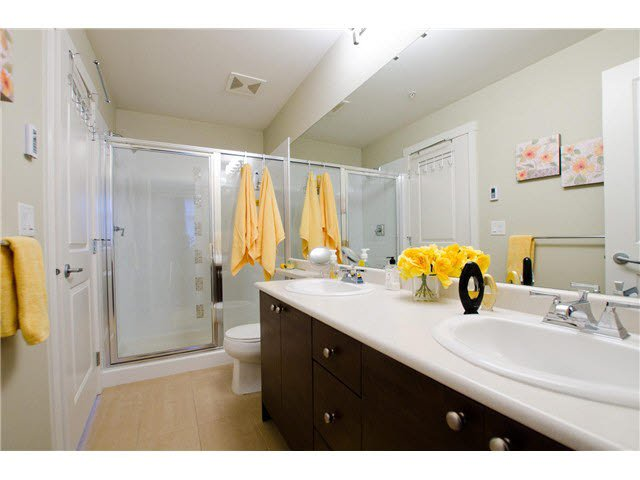 """Photo 11: Photos: 54 19478 65TH Avenue in Surrey: Clayton Condo for sale in """"SUNSET GROVE"""" (Cloverdale)  : MLS®# F1431169"""