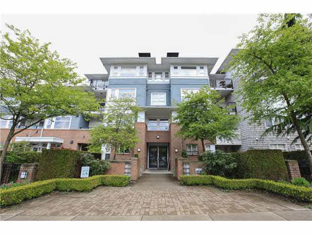 "Photo 2: Photos: 208 6508 DENBIGH Avenue in Burnaby: Forest Glen BS Condo for sale in ""OAKWOOD"" (Burnaby South)  : MLS®# V1119333"