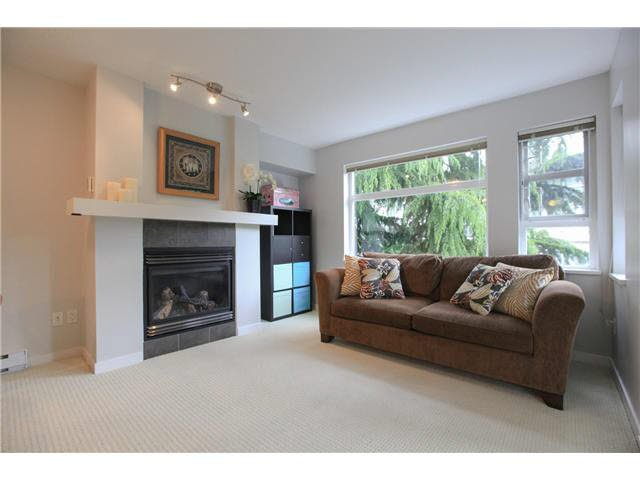 "Photo 1: Photos: 208 6508 DENBIGH Avenue in Burnaby: Forest Glen BS Condo for sale in ""OAKWOOD"" (Burnaby South)  : MLS®# V1119333"