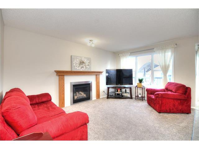 Photo 11: Photos: 606 EVERMEADOW Road SW in Calgary: Evergreen House for sale : MLS®# C4053479