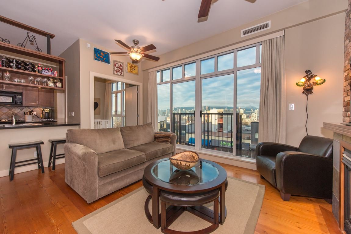 """Main Photo: 210 2515 ONTARIO Street in Vancouver: Mount Pleasant VW Condo for sale in """"The Elements"""" (Vancouver West)  : MLS®# R2053141"""