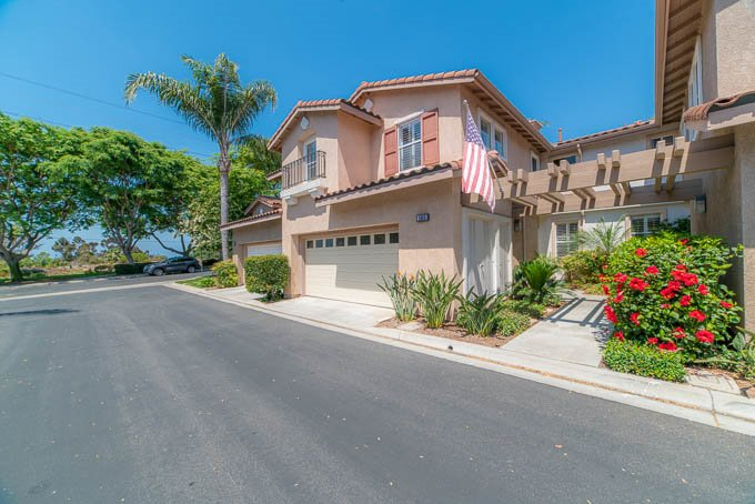 Photo 1: Photos: AVIARA Townhome for sale : 3 bedrooms : 1662 Harrier Ct in Carlsbad