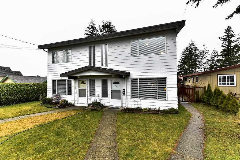 Main Photo: 484 MUNDY Street in Coquitlam: Central Coquitlam House 1/2 Duplex for sale : MLS®# R2142692