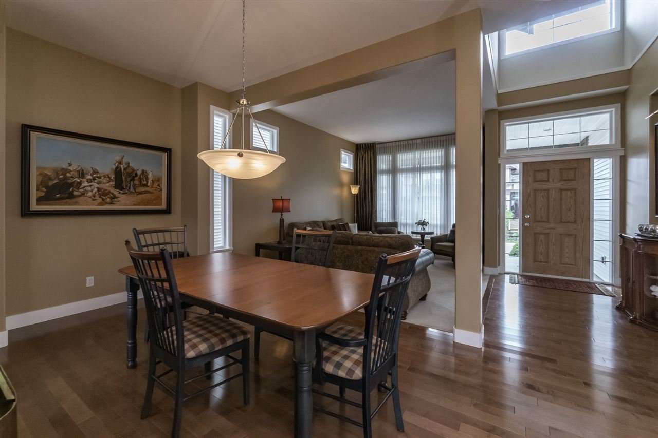 Photo 4: Photos: 7340 200A Street in Langley: Willoughby Heights House for sale : MLS®# R2156658