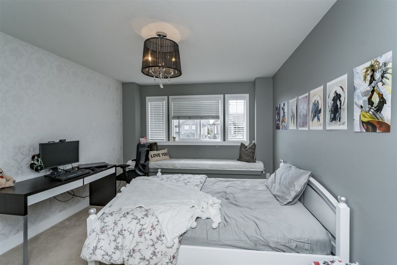 Photo 15: Photos: 7340 200A Street in Langley: Willoughby Heights House for sale : MLS®# R2156658