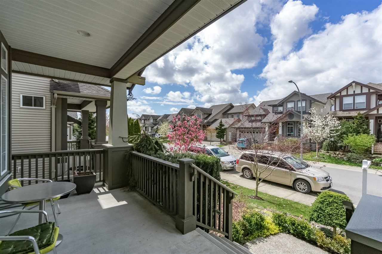 Photo 2: Photos: 7340 200A Street in Langley: Willoughby Heights House for sale : MLS®# R2156658