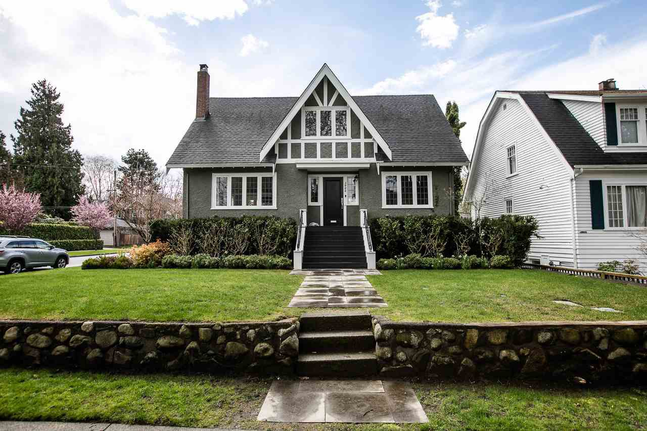 "Main Photo: 3904 W 22ND Avenue in Vancouver: Dunbar House for sale in ""DUNBAR"" (Vancouver West)  : MLS®# R2157309"
