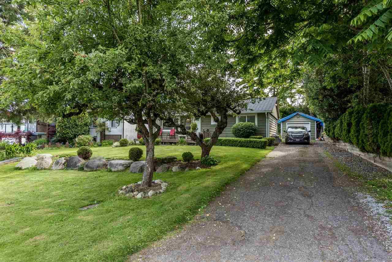 Photo 2: Photos: 1165 KENT Street: White Rock House for sale (South Surrey White Rock)  : MLS®# R2175464