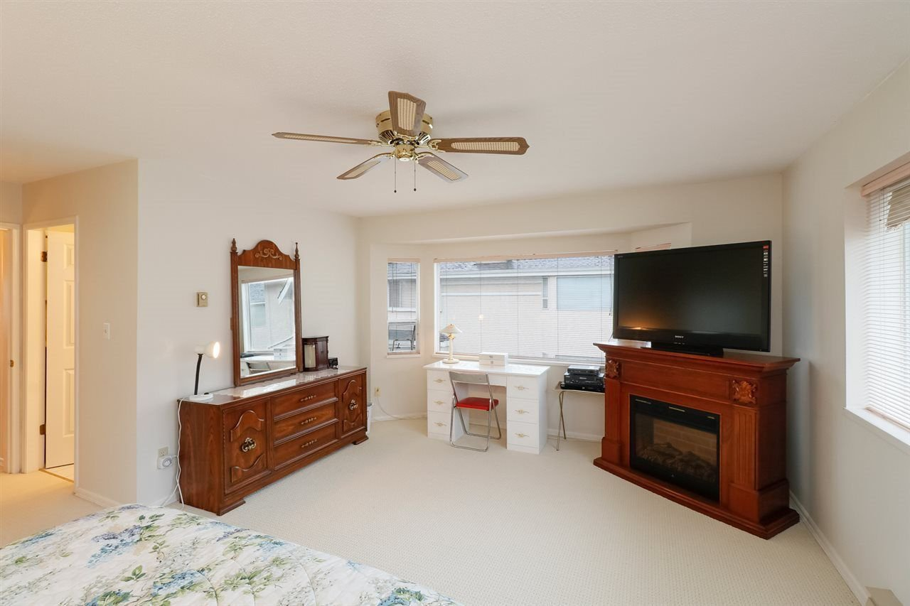 Photo 6: Photos: 1 7311 MINORU Boulevard in Richmond: Brighouse South Townhouse for sale : MLS®# R2214582