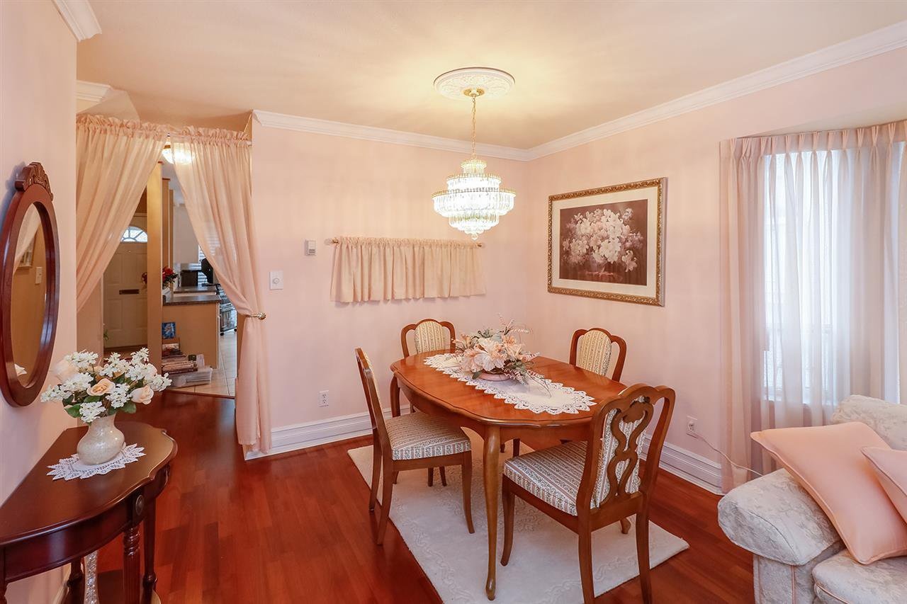 Photo 14: Photos: 1 7311 MINORU Boulevard in Richmond: Brighouse South Townhouse for sale : MLS®# R2214582