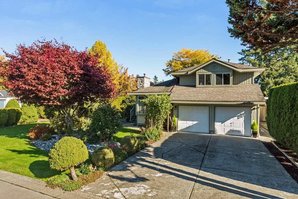 Main Photo: 12498 202B Street in Maple Ridge: Northwest Maple Ridge House for sale : MLS®# R2222148