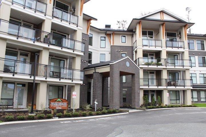 "Main Photo: 310 45761 STEVENSON Road in Sardis: Sardis East Vedder Rd Condo for sale in ""Park Ridge"" : MLS®# R2254826"