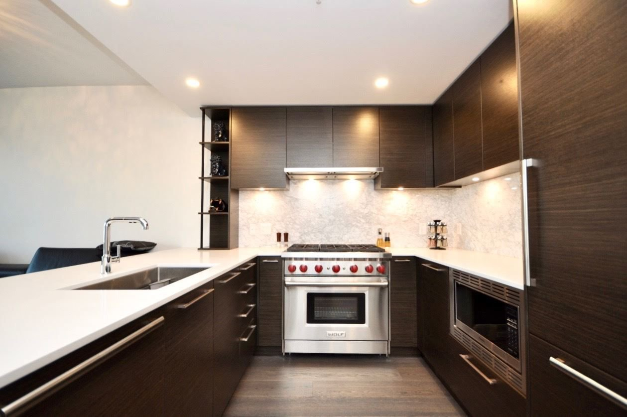 "Main Photo: 304 1819 W 5TH Avenue in Vancouver: Kitsilano Condo for sale in ""WEST FIVE"" (Vancouver West)  : MLS®# R2264945"