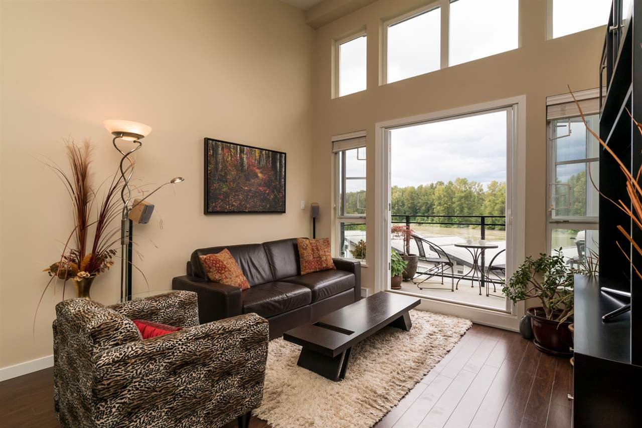 "Photo 6: Photos: 419 23215 BILLY BROWN Road in Langley: Fort Langley Condo for sale in ""WATERFRONT AT BEDFORD LANDING"" : MLS®# R2295120"