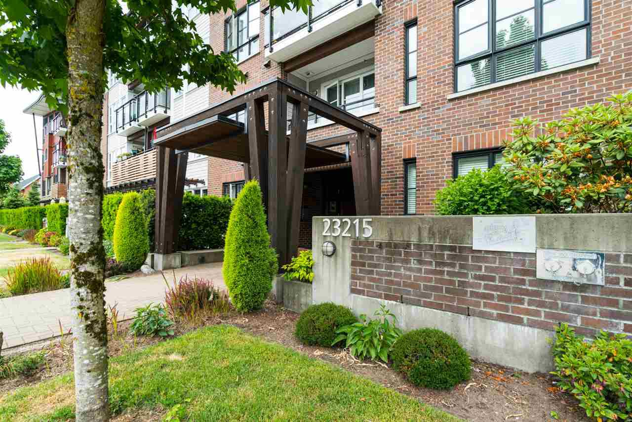 "Photo 19: Photos: 419 23215 BILLY BROWN Road in Langley: Fort Langley Condo for sale in ""WATERFRONT AT BEDFORD LANDING"" : MLS®# R2295120"