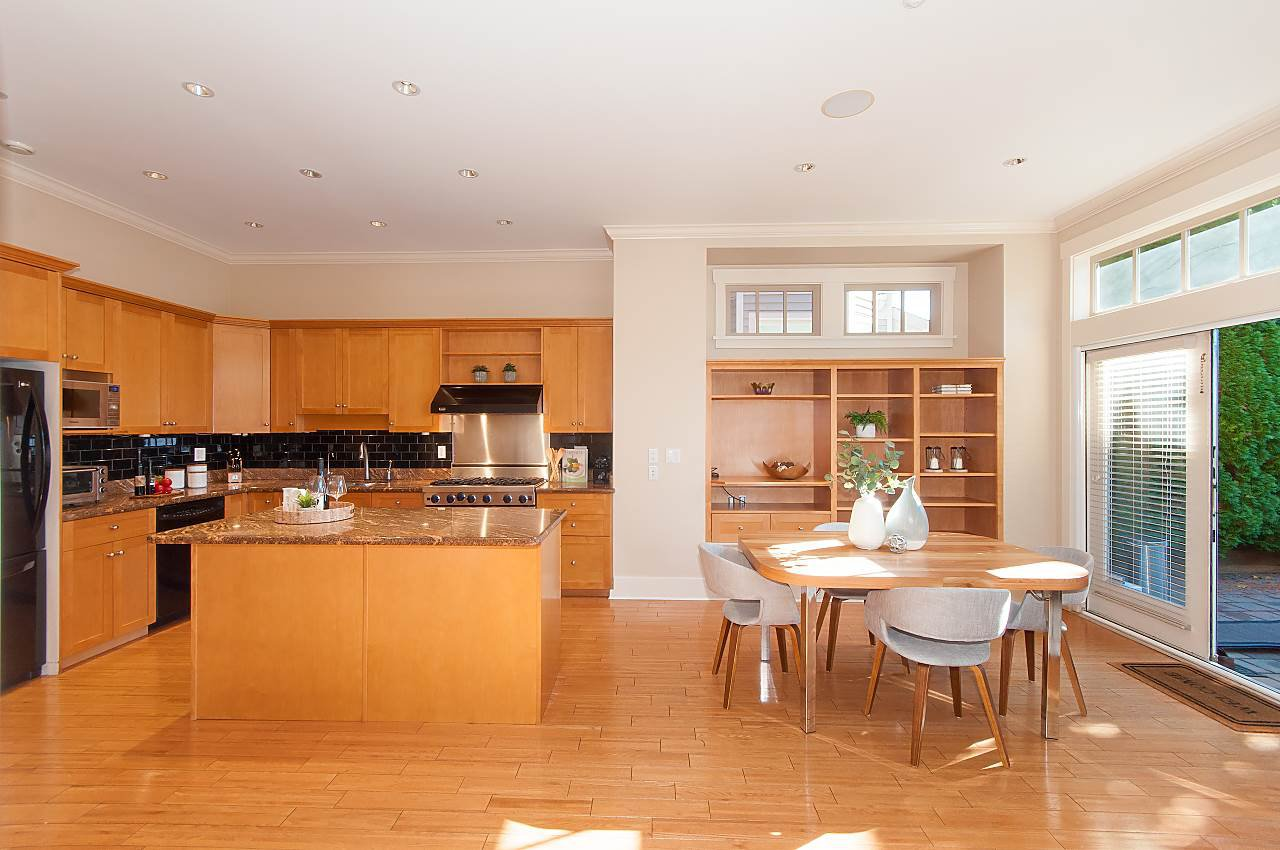 Photo 8: Photos: 2236 W 15TH Avenue in Vancouver: Kitsilano 1/2 Duplex for sale (Vancouver West)  : MLS®# R2319480