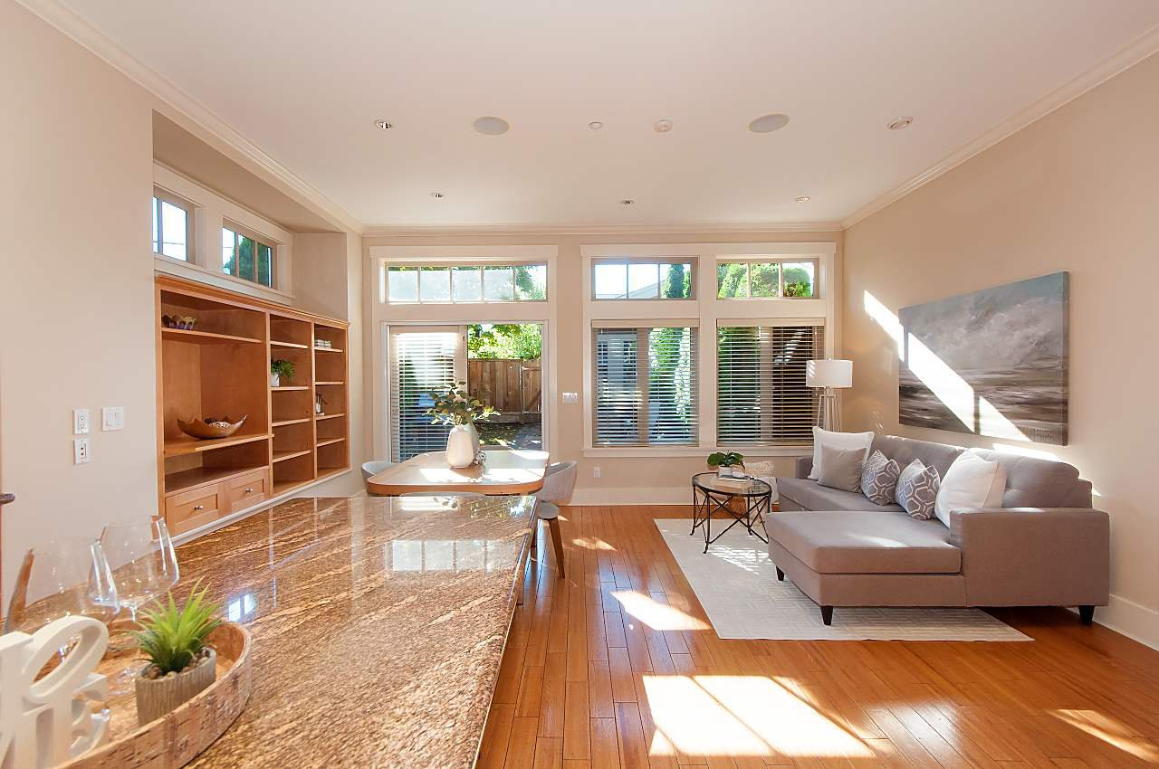 Photo 5: Photos: 2236 W 15TH Avenue in Vancouver: Kitsilano House 1/2 Duplex for sale (Vancouver West)  : MLS®# R2319480
