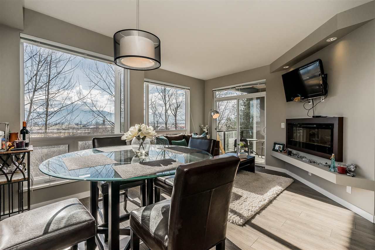 """Main Photo: 315 2238 WHATCOM Road in Abbotsford: Abbotsford East Condo for sale in """"Waterleaf"""" : MLS®# R2348606"""