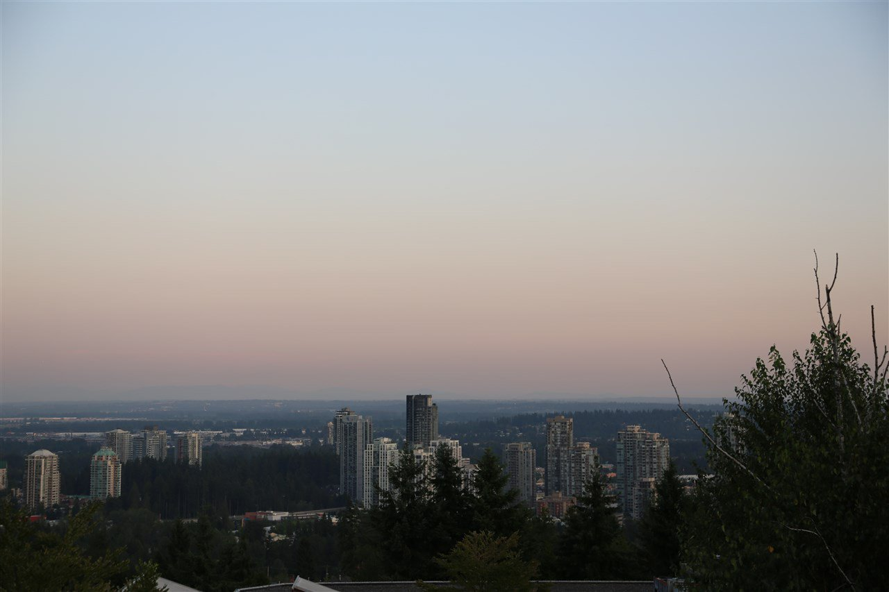 Main Photo: 412 1420 PARKWAY Boulevard in Coquitlam: Westwood Plateau Condo for sale : MLS®# R2358980