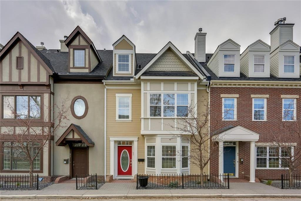 Main Photo: 93 SOMME Boulevard SW in Calgary: Garrison Woods Row/Townhouse for sale : MLS®# C4241800