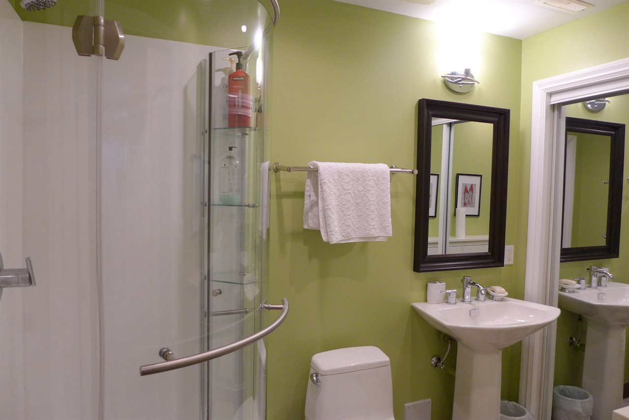 """Photo 17: Photos: 72 1701 PARKWAY Boulevard in Coquitlam: Westwood Plateau House for sale in """"Tango"""" : MLS®# R2380225"""