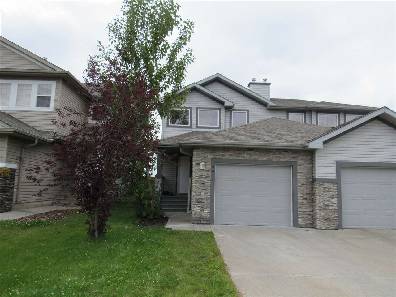 Main Photo: 9073 SCOTT Crescent in Edmonton: Zone 14 House Half Duplex for sale : MLS®# E4170632