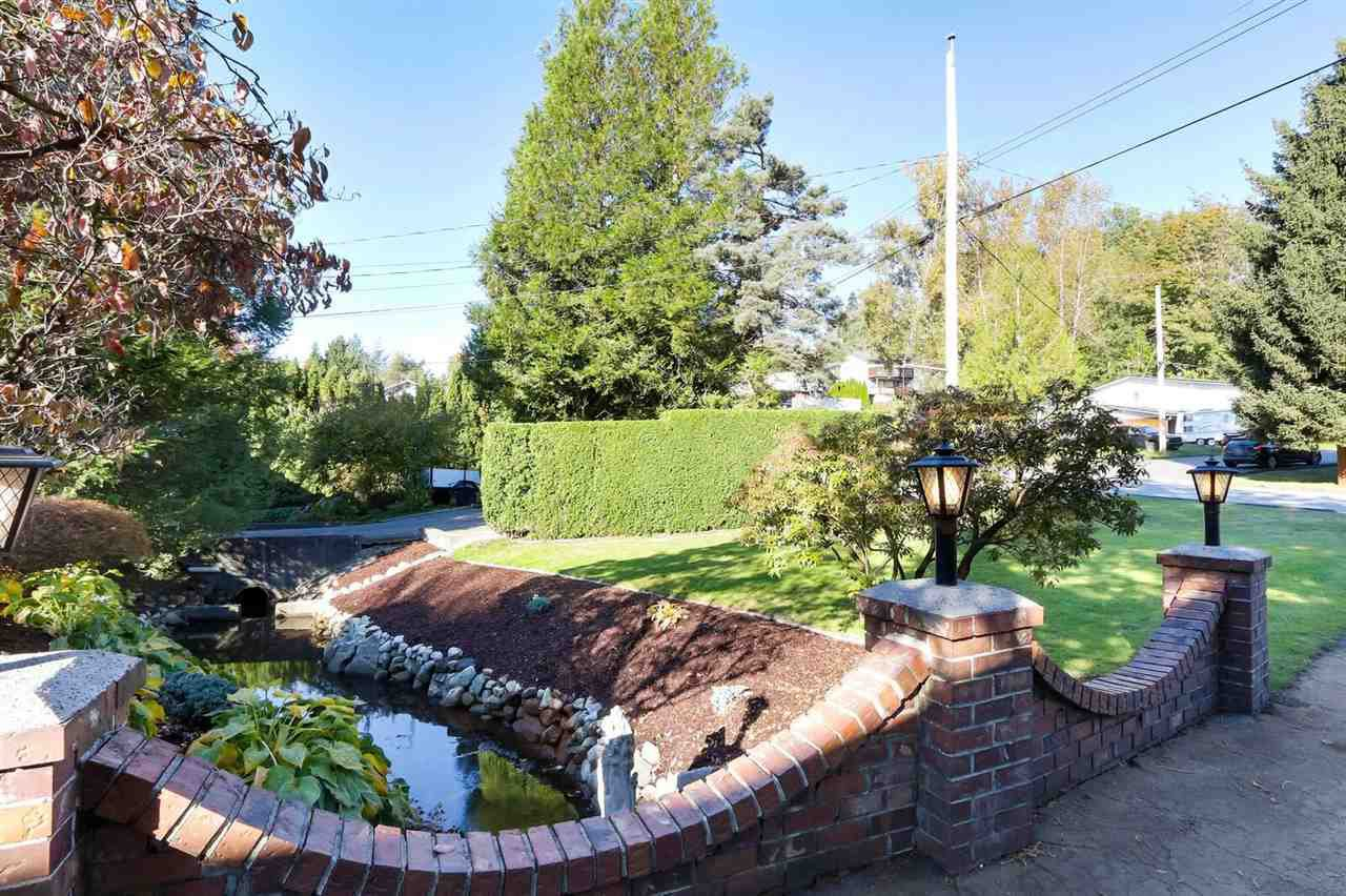 Photo 4: Photos: 33506 10TH Avenue in Mission: Mission BC House for sale : MLS®# R2412894