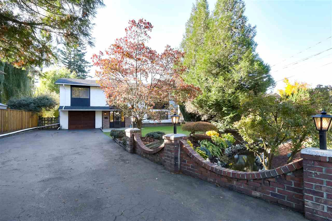 Photo 3: Photos: 33506 10TH Avenue in Mission: Mission BC House for sale : MLS®# R2412894