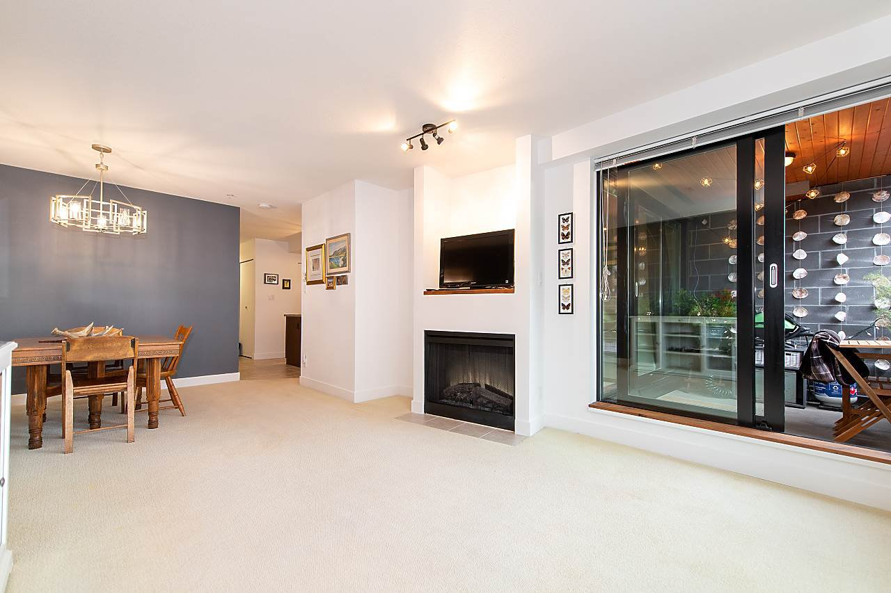 "Photo 4: Photos: 303 2525 BLENHEIM Street in Vancouver: Kitsilano Condo for sale in ""THE MACK"" (Vancouver West)  : MLS®# R2424251"