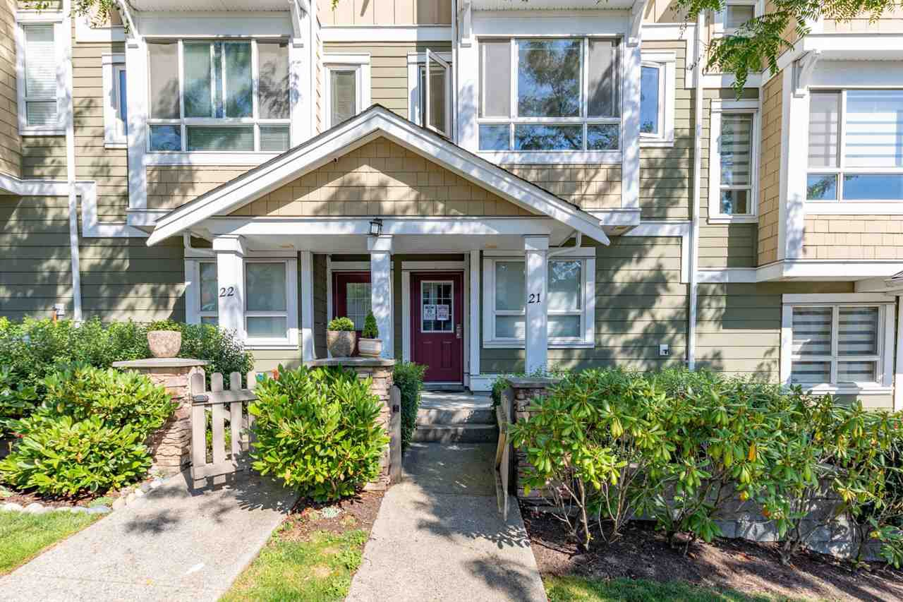 Main Photo: 21 20159 68 Avenue in Langley: Willoughby Heights Townhouse for sale : MLS®# R2483497