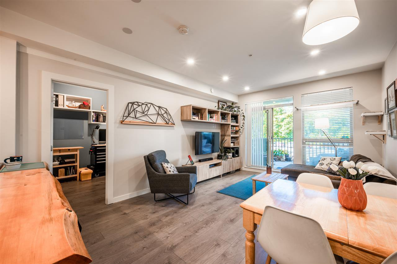 """Photo 4: Photos: 210 1150 BAILEY Street in Squamish: Downtown SQ Condo for sale in """"The Parkhouse"""" : MLS®# R2484304"""