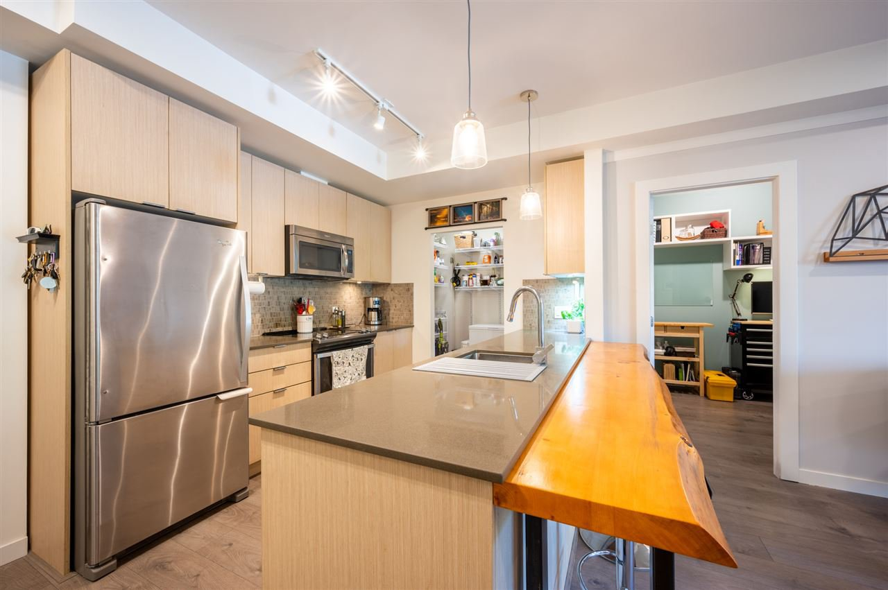 """Photo 2: Photos: 210 1150 BAILEY Street in Squamish: Downtown SQ Condo for sale in """"The Parkhouse"""" : MLS®# R2484304"""