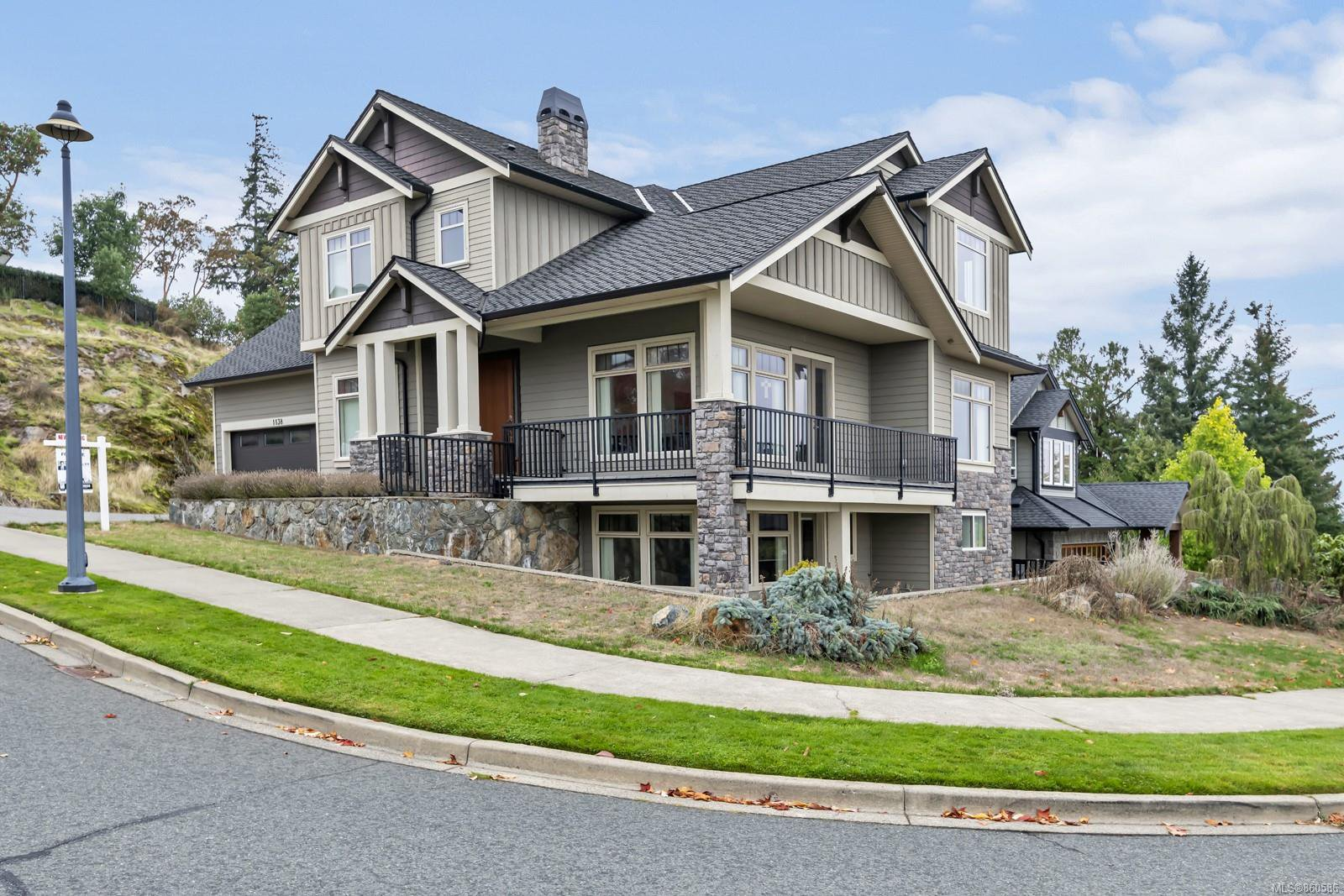 Main Photo: 1138 Natures Gate in : La Bear Mountain House for sale (Langford)  : MLS®# 860586