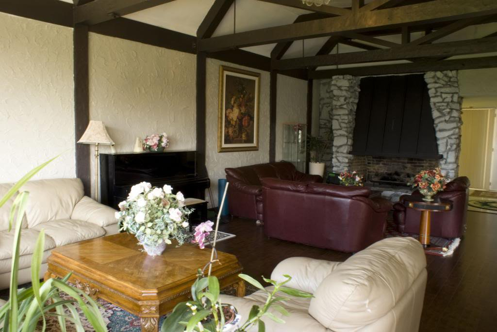 Photo 2: Photos: British Properties House for Rent